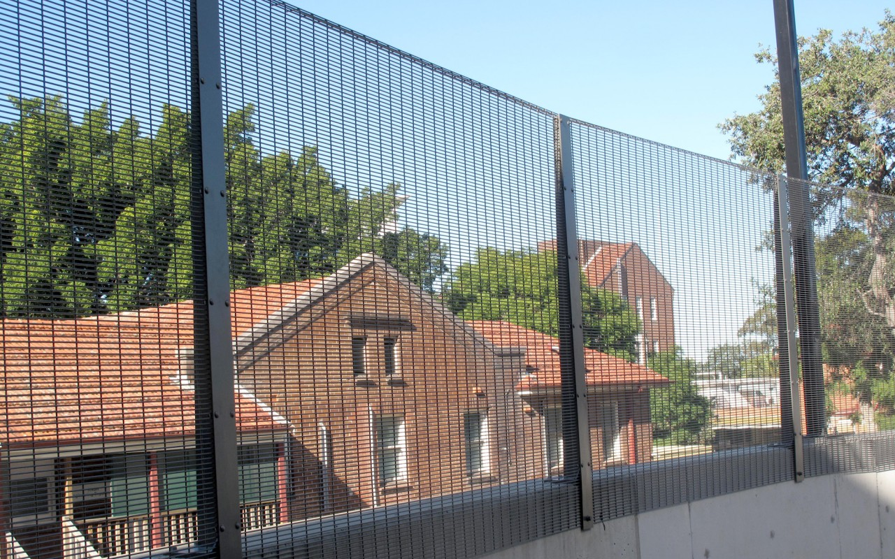 High Security Fencing Perimeter Security Welded Wire Mesh