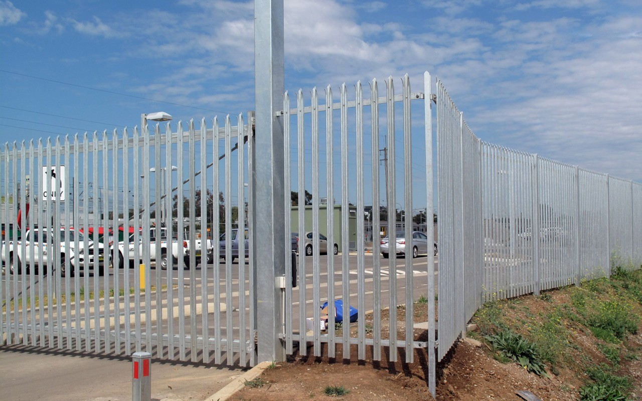 High security fencing perimeter welded wire mesh