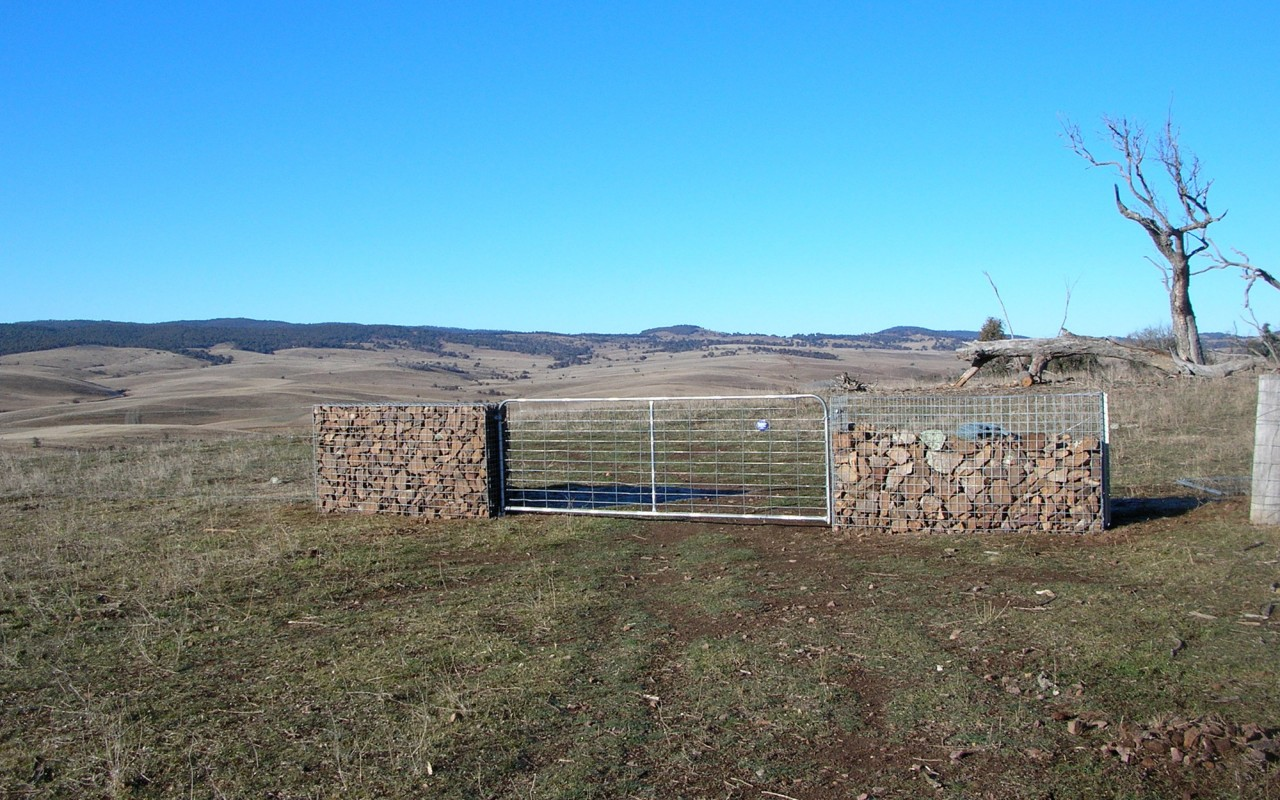 Rural Fencing Farmyard Sheep Yard Mesh And Gate Supplies