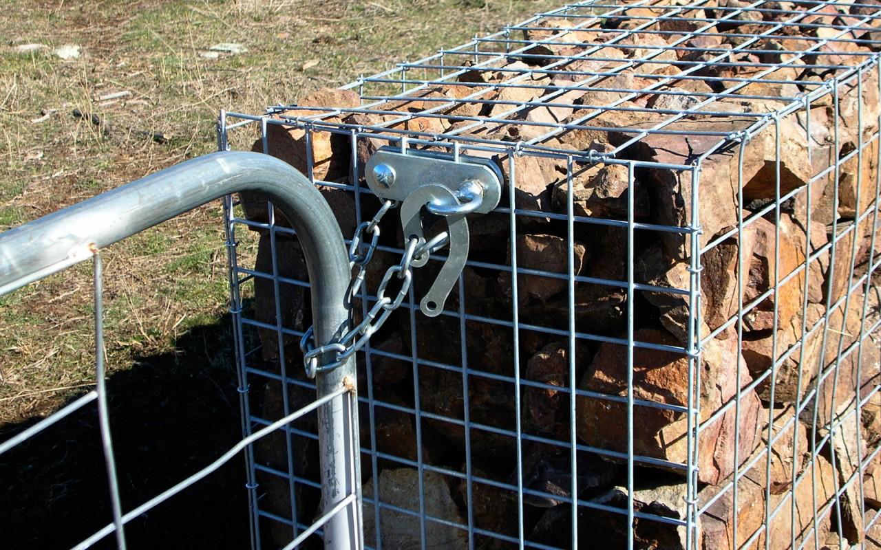 Rural Fencing Farmyard Sheep Yard Mesh And Gate Supplies