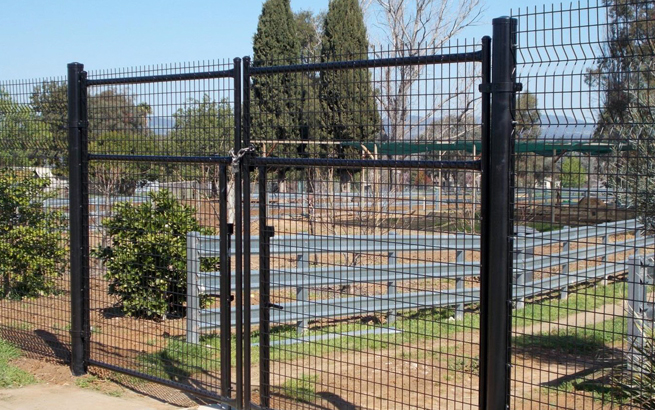 Steel mesh fencing welded wire sheets for fence panels