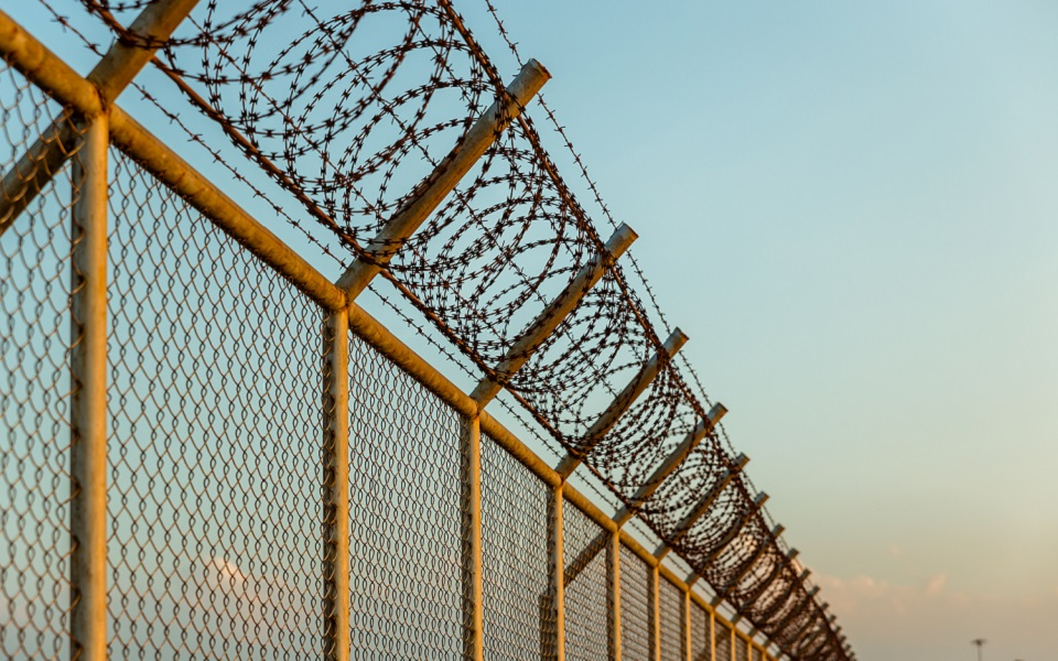 Wire Mesh Corrosion - Get the Right Fencing Product