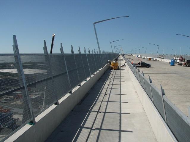 Gateway Bridge QLD installing Security fence