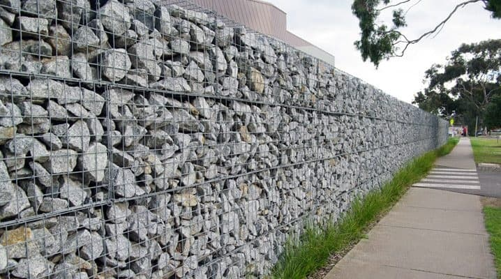 Good drainage makes gabion walls especially useful