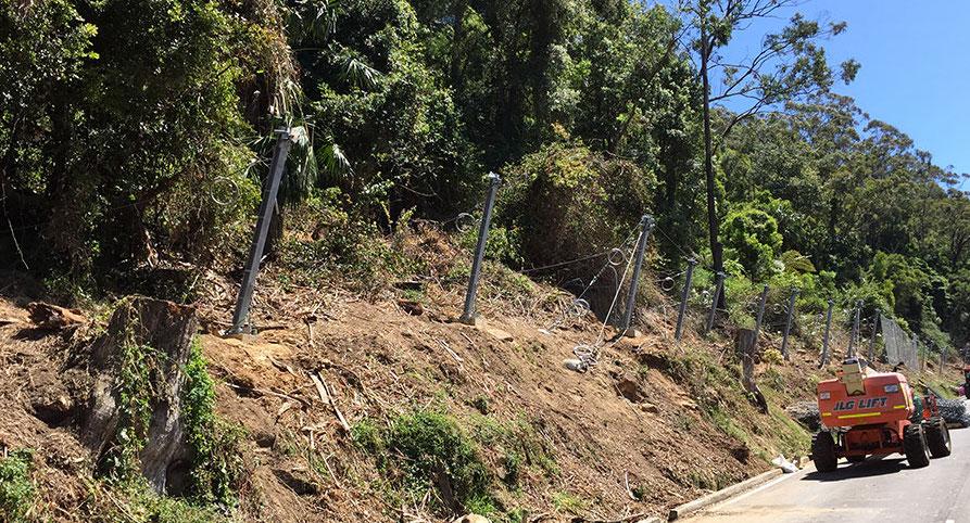 Rockfall RMS fencing under construction