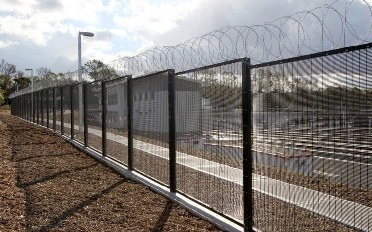Security Fencing To Keep Criminals & Unwanted Guests Out
